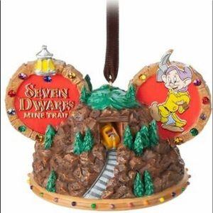 🎄🎆Disney Seven Dwarfs Mine Train Ear HatOrnament